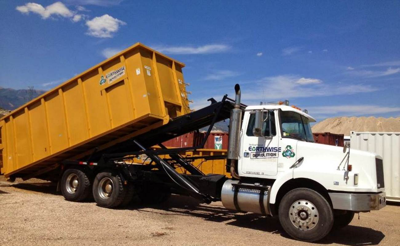 Earthwise Rolloff Dumpster in Colorado Springs